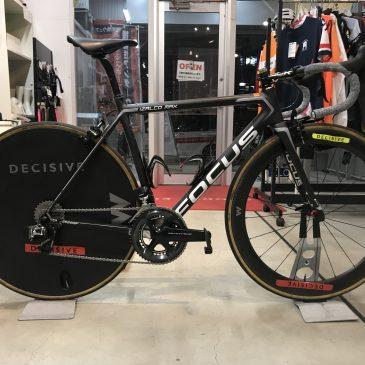 山本選手の自転車を組みました!